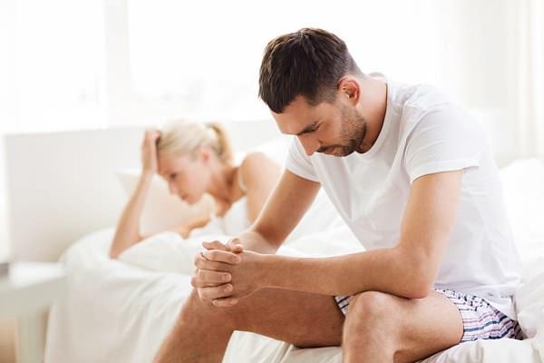 Rối loạn cương dương khiến nhiều đàn ông tìm đến thuốc tăng cường sinh lực