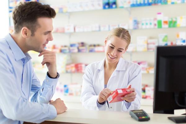 Tham khảo ý kiến bác sĩ trước khi sử dụng thuốc