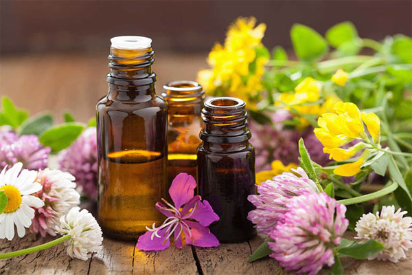 Sử dụng nước hoa vùng kín là chìa khóa giúp giữ gìn hạnh phúc gia đình và tình yêu đôi lứa