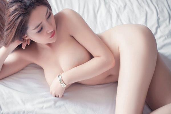 Do bị kích thích bởi các hình ảnh, video người lớn quan hệ tình dục