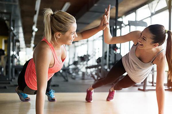 Nên tập luyện thể dục thể thao để quên đi tình trạng nứng
